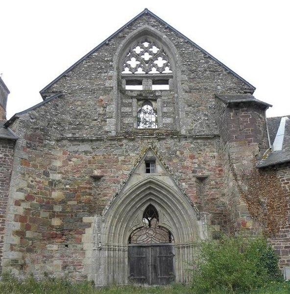 Photo du Monument Historique Ancienne église abbatiale Saint-Jacques situé à Montfort-sur-Meu