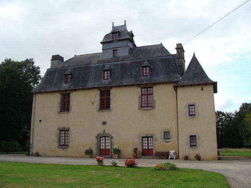 Photo du Monument Historique Manoir de La Louverie, également dénommé château de Bel-Air situé à Le Crouais