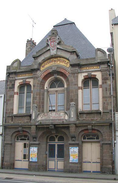 Photo du Monument Historique Maison du Peuple situé à Saint-Malo