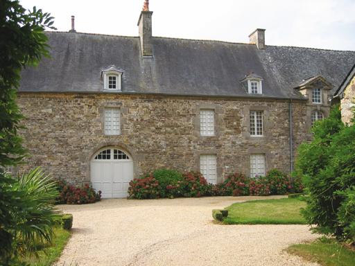 Photo du Monument Historique Château du Bordage situé à Ercé-près-Liffré