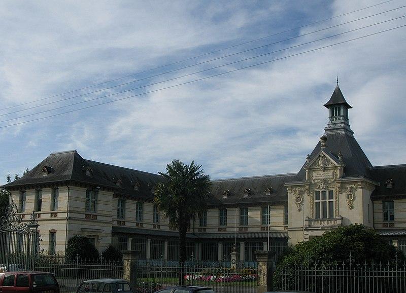 Photo du Monument Historique Ecole d'Agriculture de Rennes, aujourd'hui Agrocampus Ouest situé à Rennes