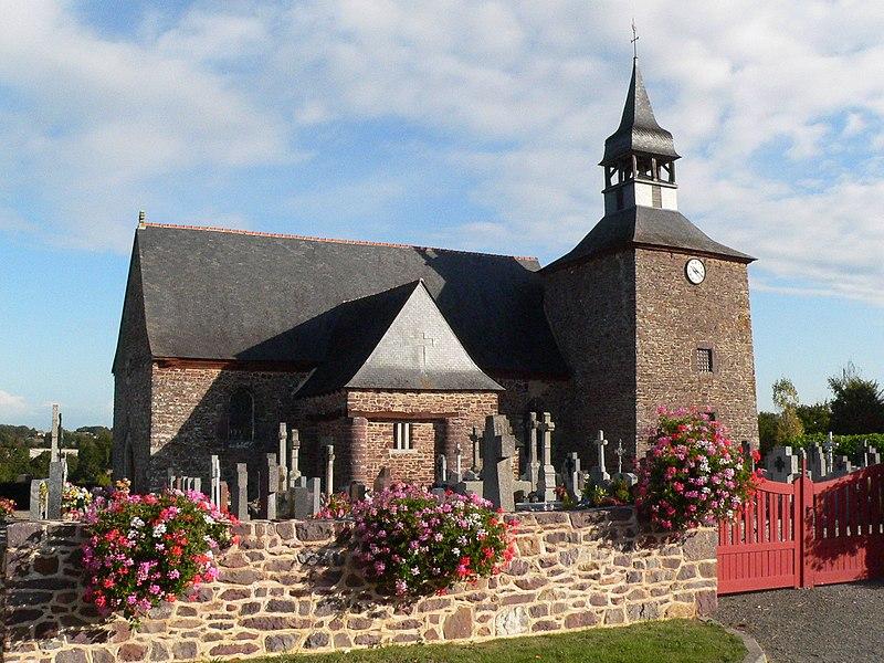 Photo du Monument Historique Église Saint-Guillaume situé à Saint-Gonlay