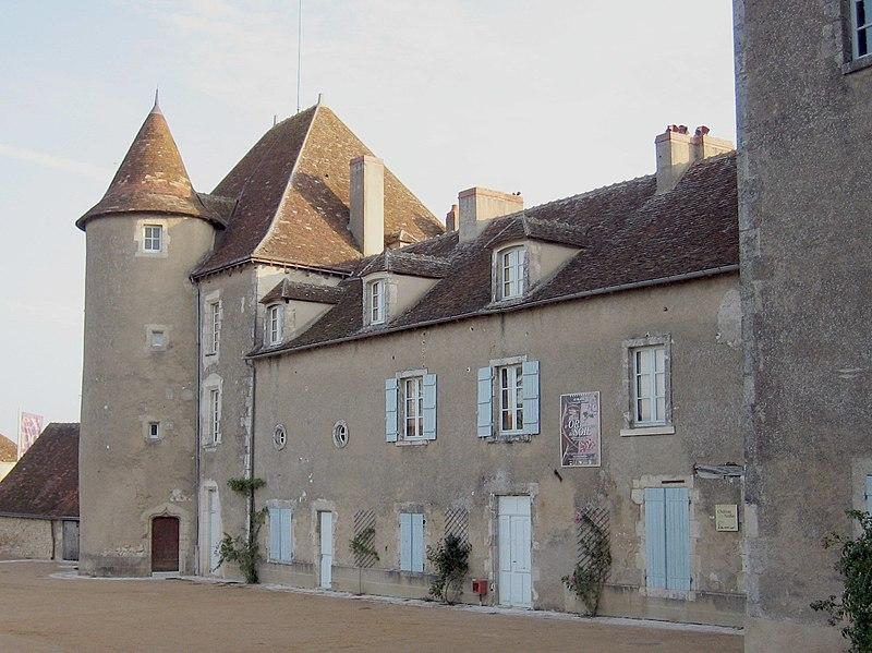 Photo du Monument Historique Château-Naillac, dit Vieux Château situé à Le Blanc
