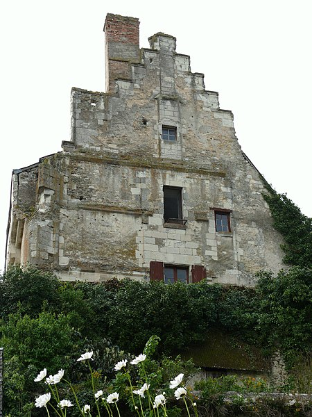 Photo du Monument Historique Ensemble castral situé à Châtillon-sur-Indre