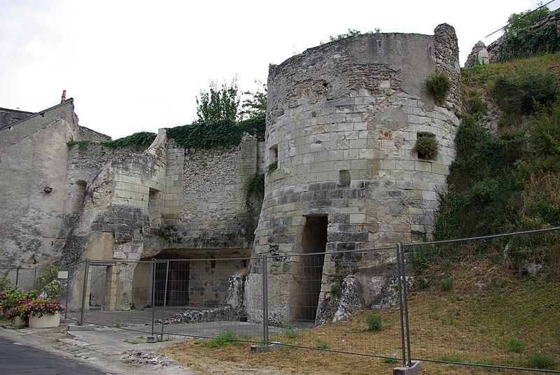 Photo du Monument Historique Immeuble situé à Châtillon-sur-Indre