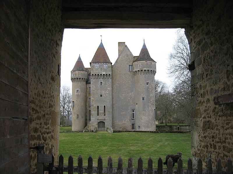 Photo du Monument Historique Château situé à Chazelet