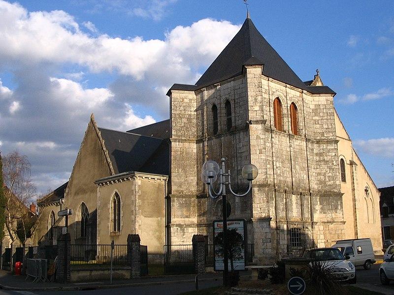Photo du Monument Historique Eglise Saint-Etienne situé à Déols