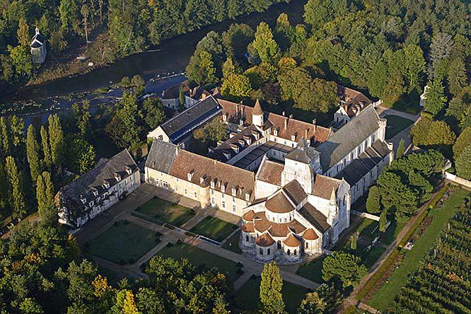Photo du Monument Historique Abbaye Notre-Dame situé à Fontgombault