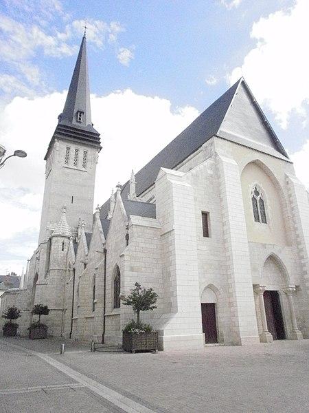 Photo du Monument Historique Eglise Saint-Cyr situé à Issoudun