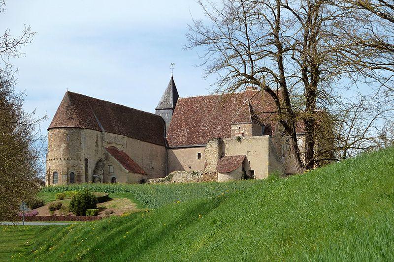 Photo du Monument Historique Prieuré Saint-Michel situé à Le Magny