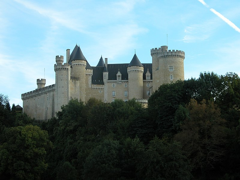 Photo du Monument Historique Château du Chabenet situé à Le Pont-Chrétien-Chabenet