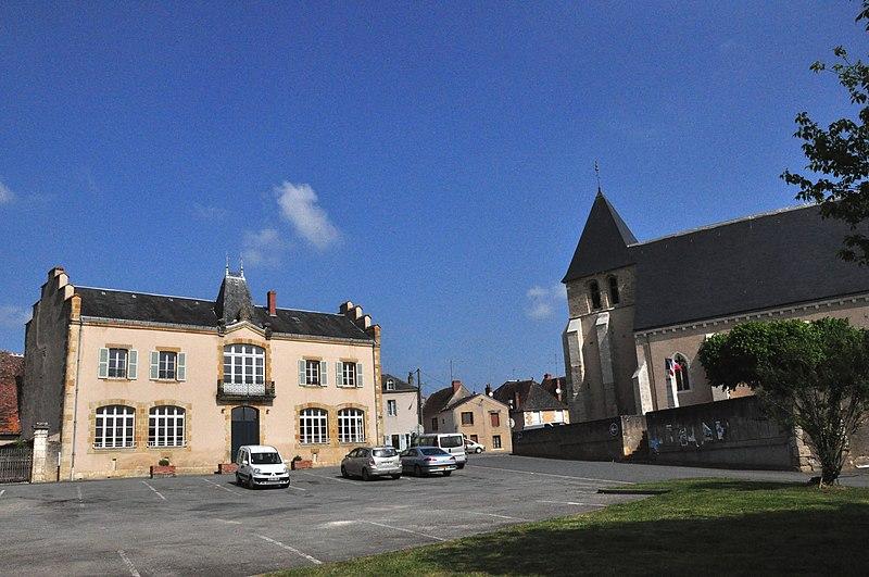 Photo du Monument Historique Eglise Saint-Martin situé à Prissac