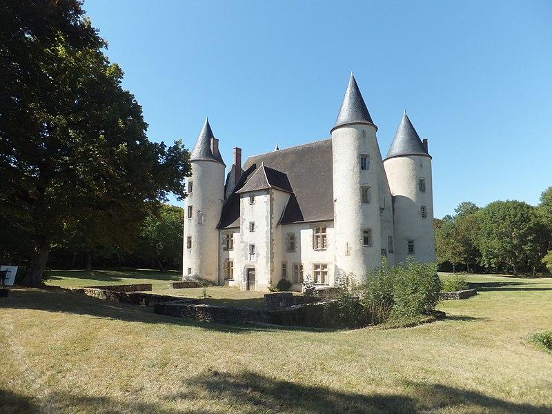 Photo du Monument Historique Château de l'Ormeteau situé à Reuilly