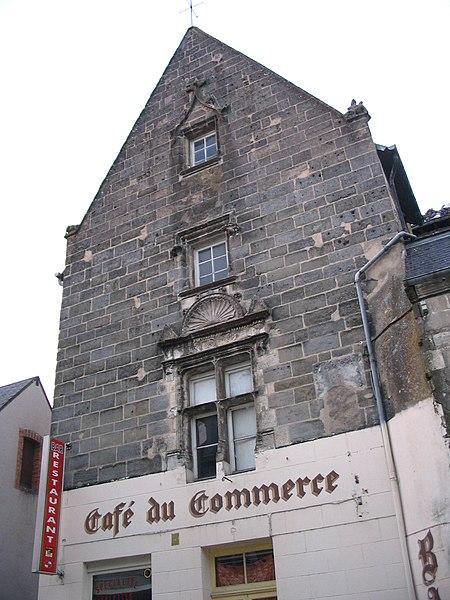 Photo du Monument Historique Maison à pignon situé à Reuilly
