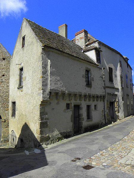Photo du Monument Historique Maison de l'Argentier situé à Saint-Benoît-du-Sault