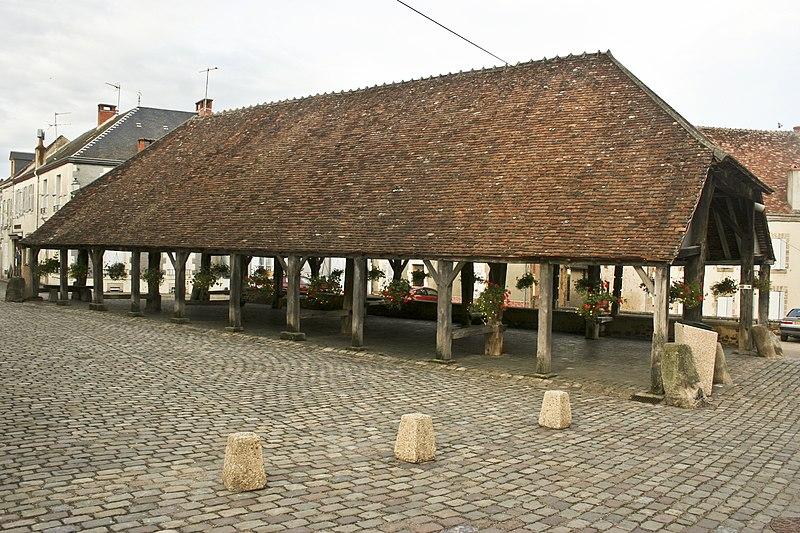 Photo du Monument Historique Ancienne halle situé à Sainte-Sévère-sur-Indre