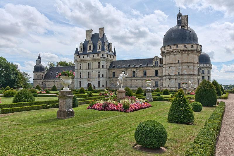 Photo du Monument Historique Domaine du château de Valençay situé à Valençay