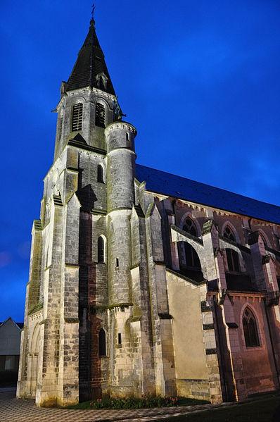 Photo du Monument Historique Eglise Saint-Laurian situé à Vatan