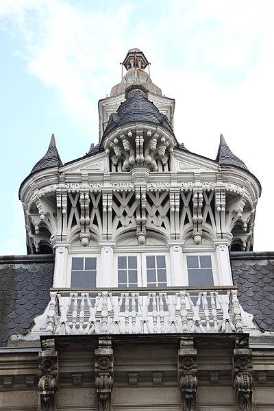 Photo du Monument Historique Immeuble à lucarne de type compagnonnique situé à Châteauroux