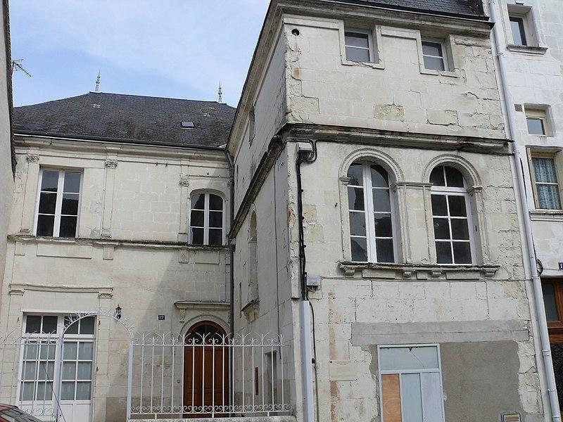 Photo du Monument Historique Maison de Jean Collet dite aussi hôtel de Crémille situé à Châtillon-sur-Indre