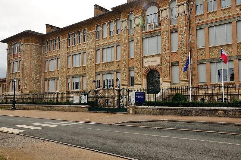Photo du Monument Historique Ecole Primaire Supérieure, devenue le Collège Classique, Moderne et Technique et actuel Lycée Rollinat situé à Argenton-sur-Creuse