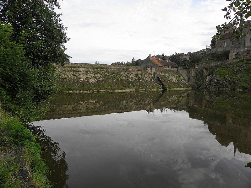 Photo du Monument Historique Chaussée de l'Etang ou digue (également sur commune de Saint-Benoît-du-Sault) situé à La Châtre-Langlin