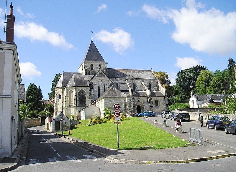 Photo du Monument Historique Eglise collégiale Saint-Denis situé à Amboise