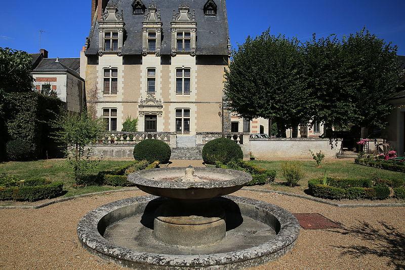 Photo du Monument Historique Hôtel Joyeuse situé à Amboise