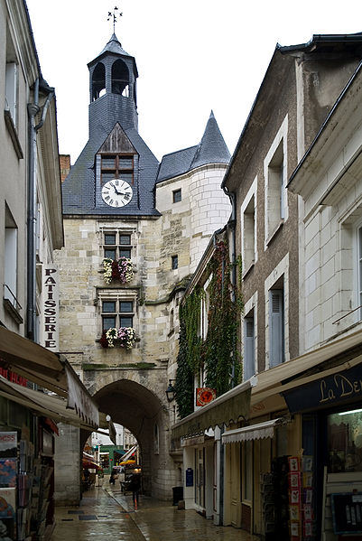 Photo du Monument Historique Tour de l'Horloge situé à Amboise