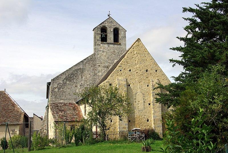 Photo du Monument Historique Eglise Saint-Symphorien-les-Ponceaux situé à Avrillé-les-Ponceaux