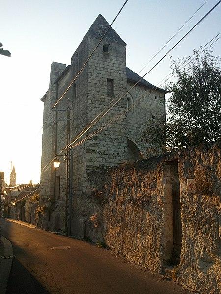 Photo du Monument Historique Tour Chevalot (ou Chevaleau) situé à Beaulieu-lès-Loches