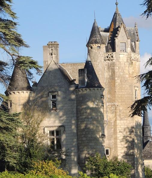 Photo du Monument Historique Château de Coulaine situé à Beaumont-en-Véron