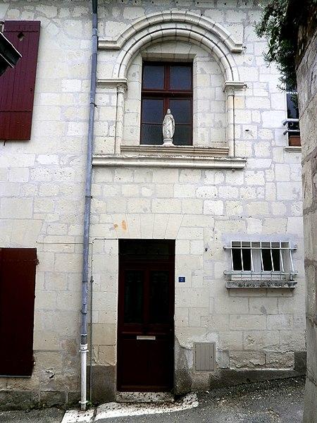 Photo du Monument Historique Ancienne maison canoniale situé à Candes-Saint-Martin