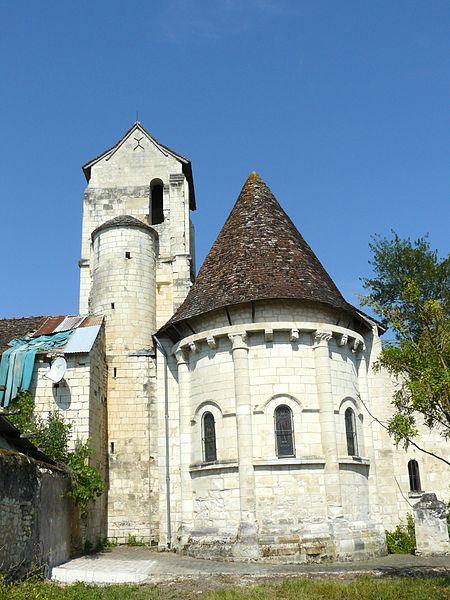 Photo du Monument Historique Eglise paroissiale Saint-Médard situé à Chaumussay