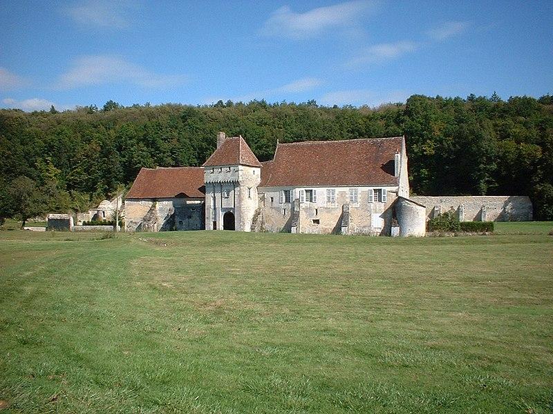 Photo du Monument Historique Ancien monastère dit La Corroierie situé à Chemillé-sur-Indrois