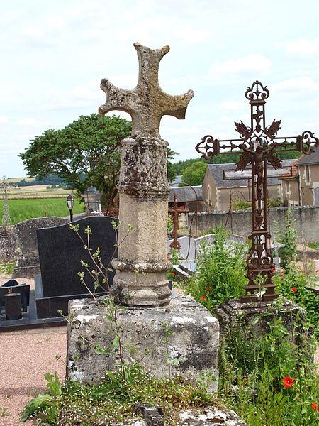Photo du Monument Historique Croix du cimetière situé à Crissay-sur-Manse
