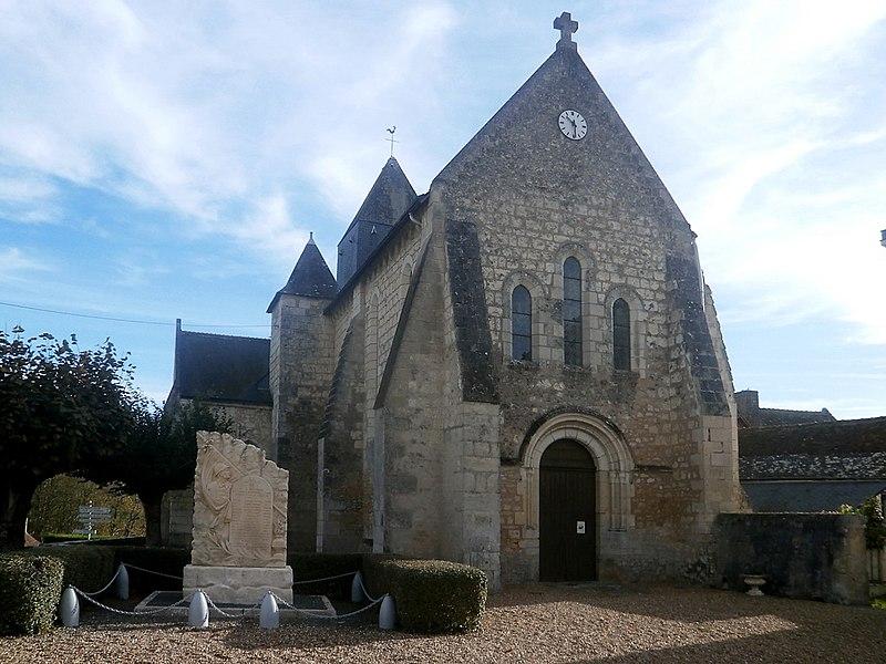 Photo du Monument Historique Eglise paroissiale Saint-Aignan situé à Epeigné-les-Bois