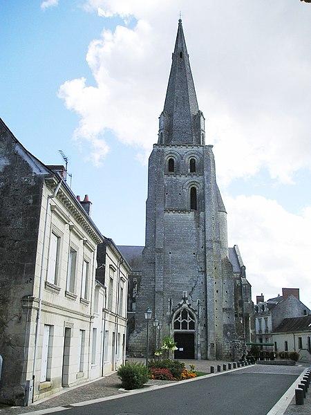 Photo du Monument Historique Eglise paroissiale Saint-Jean-Baptiste situé à Langeais