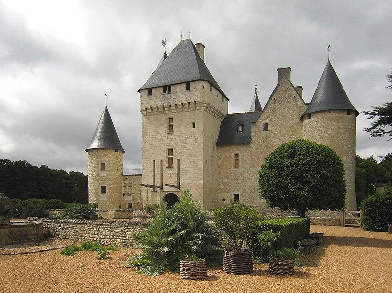 Photo du Monument Historique Château du Rivau situé à Lémeré