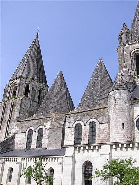 Photo du Monument Historique Ancienne collégiale Saint-Ours situé à Loches