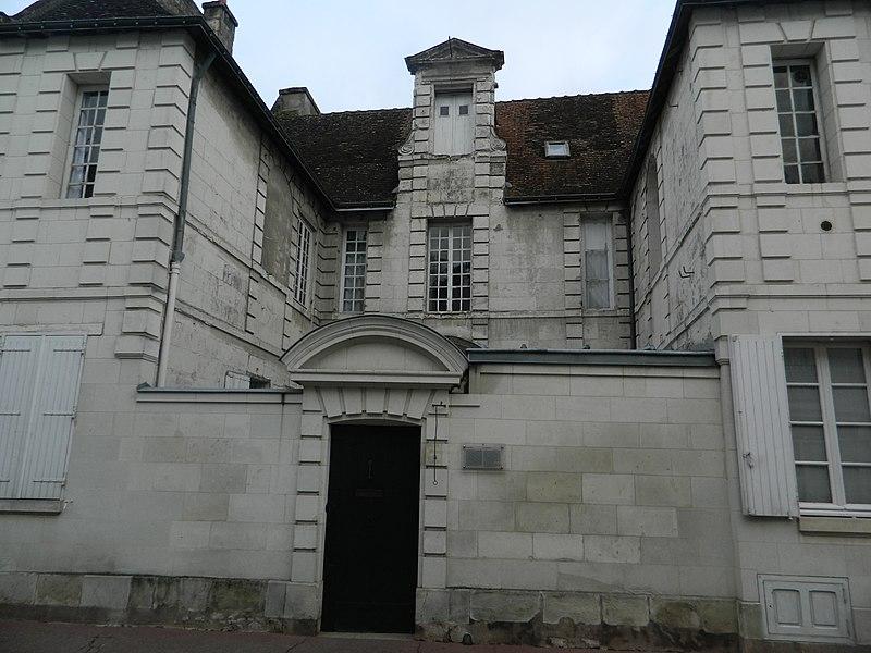 Photo du Monument Historique Hôtel de la Gravière situé à Loches