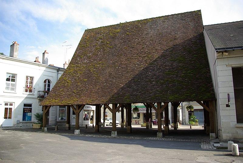 Photo du Monument Historique Vieille halle situé à Luynes