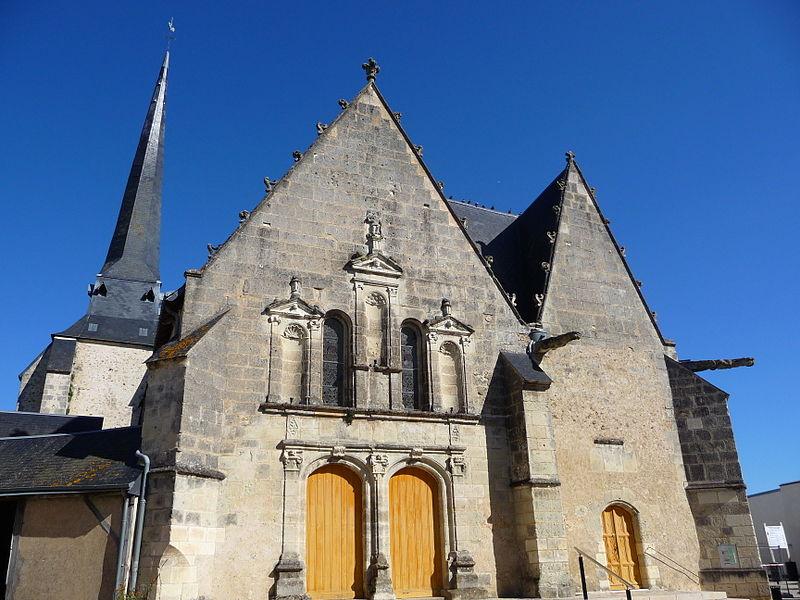 Photo du Monument Historique Eglise paroissiale Saint-Pierre situé à Neuillé-Pont-Pierre