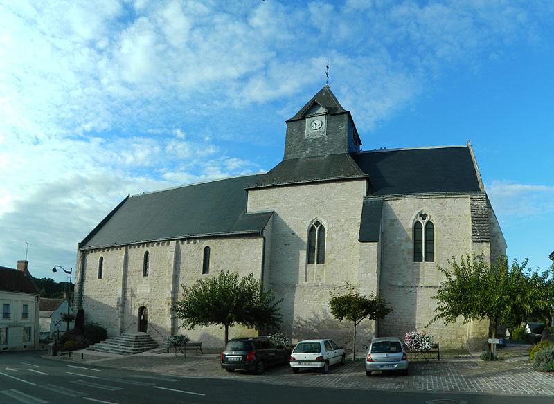 Photo du Monument Historique Eglise paroissiale Saint-Vincent situé à Orbigny