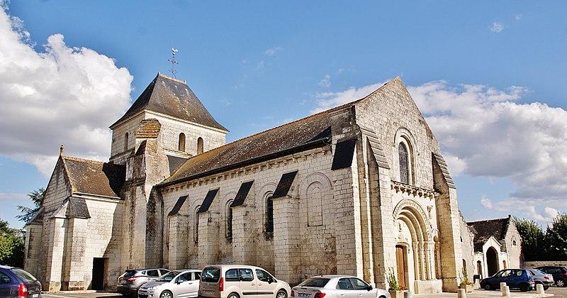 Photo du Monument Historique Eglise paroissiale Saint-Pierre situé à Parçay-sur-Vienne