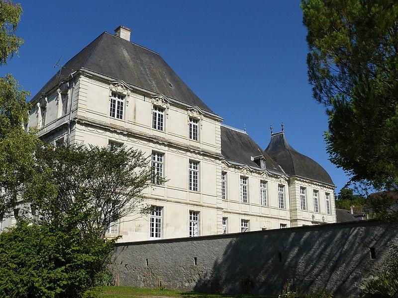 Photo du Monument Historique Hôtel de la Rallière situé à Preuilly-sur-Claise