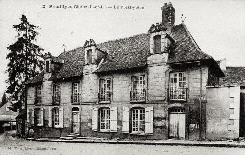 Photo du Monument Historique Maisons situé à Preuilly-sur-Claise