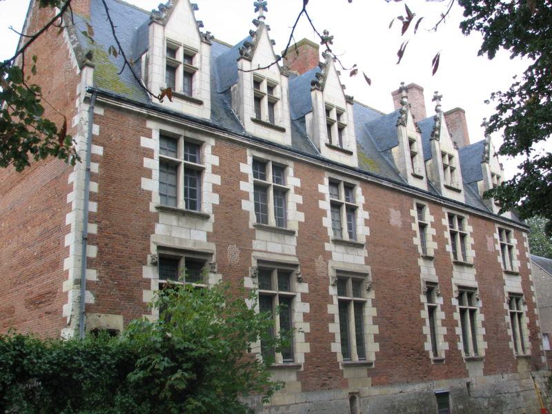 Photo du Monument Historique Château du Plessis-lès-Tours situé à Riche (La)