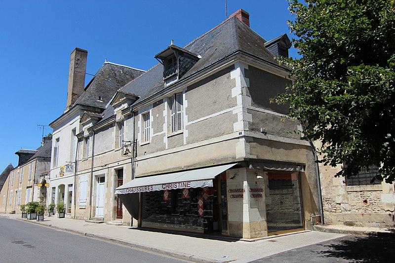 Photo du Monument Historique Maison des prêtres de la mission, dite ancienne cure situé à Richelieu
