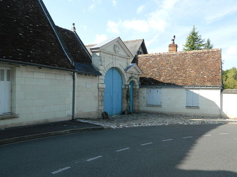 Photo du Monument Historique Manoir de la Grand'Cour situé à Saint-Avertin